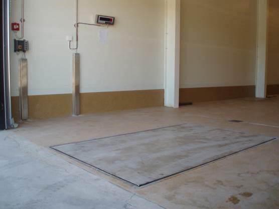 lattiaan upotettu lattiavaaka
